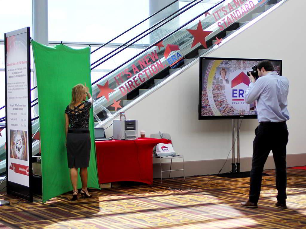 ERA Realty at LA Live - Real-time Interactive Photo Mosaic