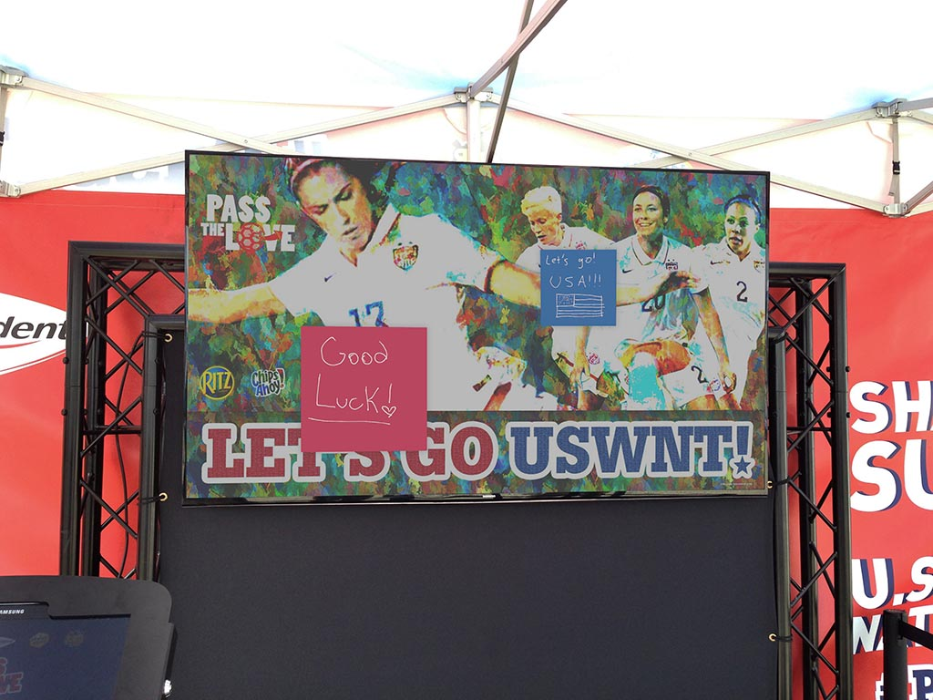 U.S. Women's National Soccer Team Event in San Jose, CA - Real-time Interactive Photo Mosaic