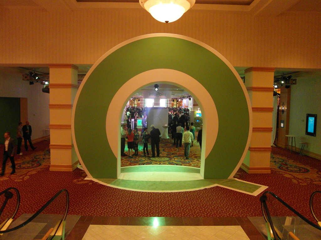 Real-time Interactive Photo Mosaic Event Qliktech Employee Summit 2013